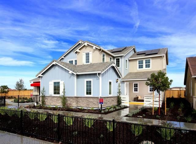 2209 Galvin Way, Woodland, CA 95776 (#221046198) :: Rapisarda Real Estate