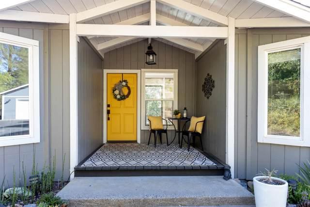 1845 Green Meadow Lane, Meadow Vista, CA 95722 (MLS #221047985) :: The Merlino Home Team