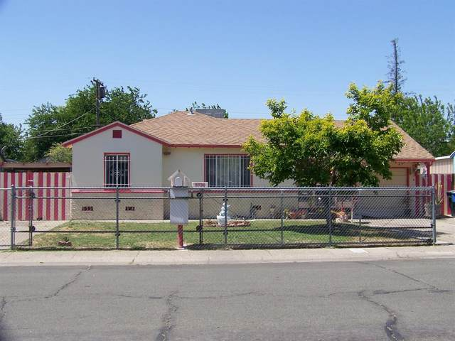 5736 63rd Street, Sacramento, CA 95824 (MLS #221048502) :: The Merlino Home Team