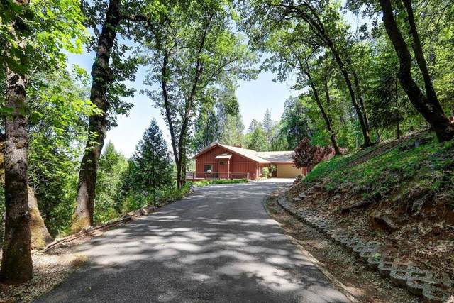 13224 Fawn Hill Drive, Grass Valley, CA 95945 (MLS #221050917) :: CARLILE Realty & Lending