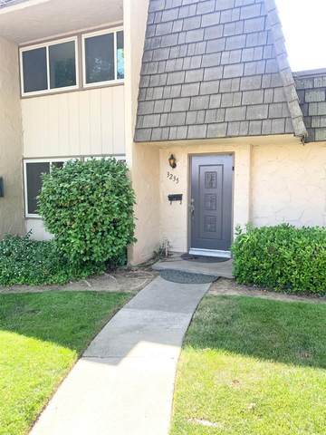 3235 Via Grande, Sacramento, CA 95825 (MLS #221051424) :: Deb Brittan Team