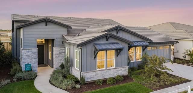 2781 E Tuolumne Road, Turlock, CA 95382 (MLS #221051931) :: CARLILE Realty & Lending