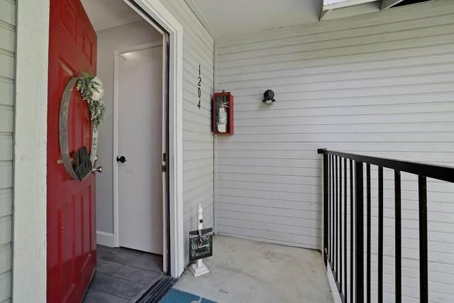 2400 Eilers Lane #1204, Lodi, CA 95242 (MLS #221052000) :: The MacDonald Group at PMZ Real Estate