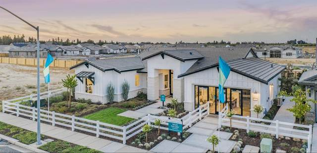 2761 E Tuolumne Road, Turlock, CA 95382 (MLS #221052274) :: The MacDonald Group at PMZ Real Estate