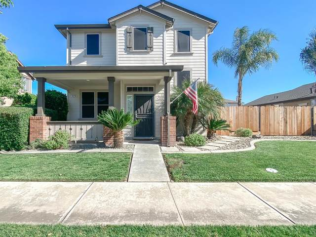 1820 Parkside Way, Oakdale, CA 95361 (MLS #221052844) :: CARLILE Realty & Lending