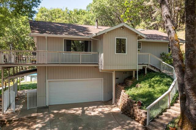 16138 Annie Drive, Grass Valley, CA 95949 (MLS #221052890) :: The Merlino Home Team
