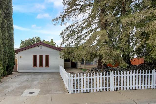 5861 Kimberly Hill Court, Carmichael, CA 95608 (MLS #221052927) :: The Merlino Home Team