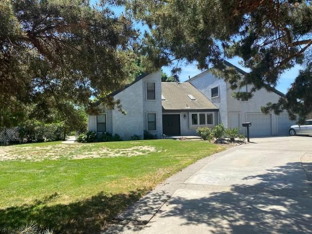 7536 Shoemake Avenue, Modesto, CA 95358 (MLS #221052946) :: The Merlino Home Team