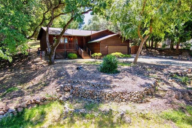 14821 Woodland Loop, Penn Valley, CA 95946 (#221053483) :: Rapisarda Real Estate