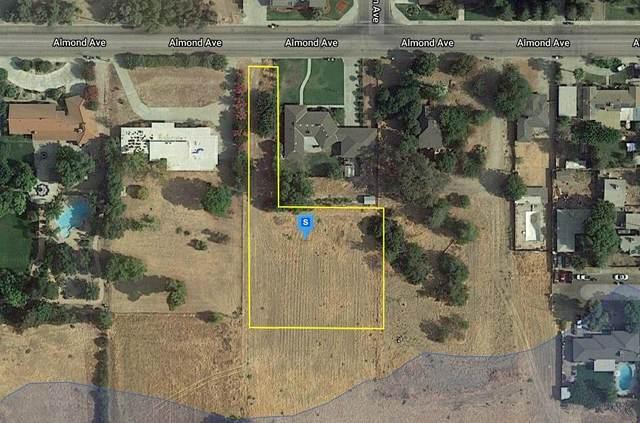 0 Almond Avenue, Sanger, CA 93657 (#221054121) :: Rapisarda Real Estate