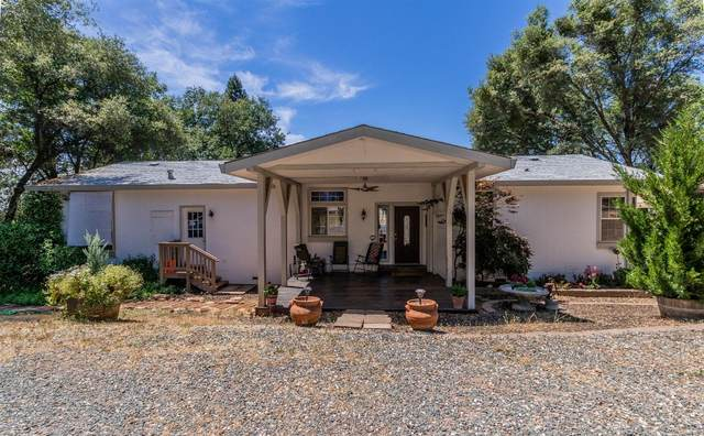 19392 Davidson Lane, Grass Valley, CA 95949 (#221054469) :: Rapisarda Real Estate