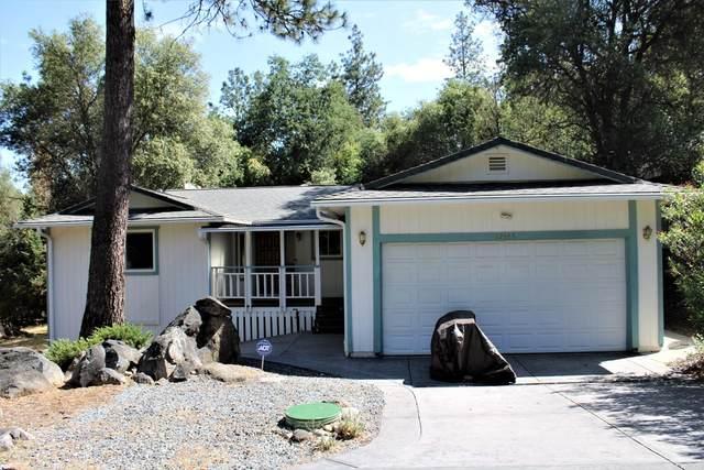 12665 Roadrunner Drive, Penn Valley, CA 95946 (#221056908) :: Rapisarda Real Estate