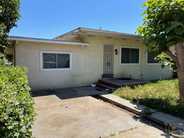 308 W Wilson Street, Madera, CA 93638 (#221056998) :: Rapisarda Real Estate