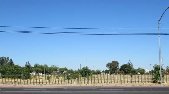 2420 S El Dorado Street, Stockton, CA 95206 (MLS #221059820) :: The MacDonald Group at PMZ Real Estate