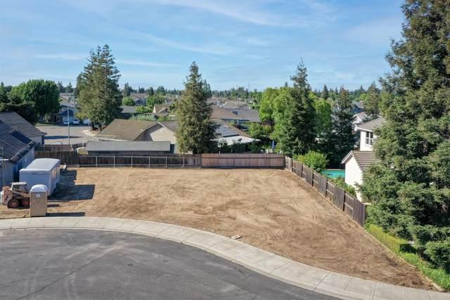 846 Oak Terrace, Ripon, CA 95366 (#221060011) :: Rapisarda Real Estate