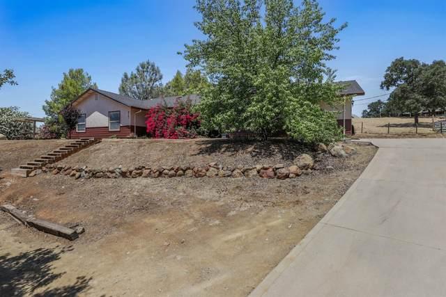 8141 Westhill Road, Valley Springs, CA 95252 (MLS #221060061) :: Heather Barrios