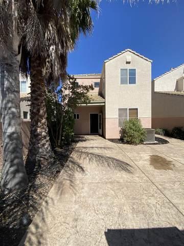 9127 Eames Ln, Elk Grove, CA 95758 (#221063306) :: Rapisarda Real Estate
