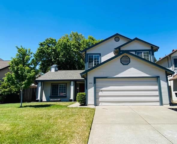 1050 Mcrae Way, Roseville, CA 95678 (#221066209) :: Rapisarda Real Estate
