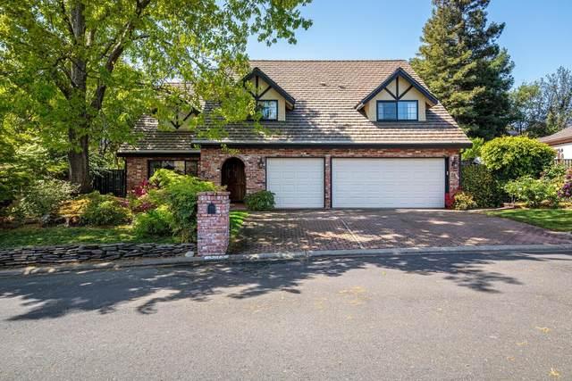 5213 Ravine View Lane, Fair Oaks, CA 95628 (#221067699) :: Rapisarda Real Estate