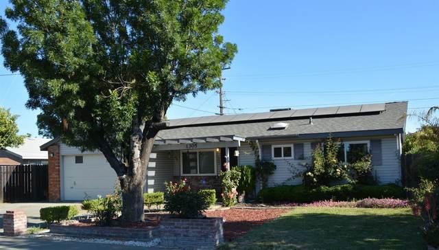1305 E Gum, Woodland, CA 95776 (MLS #221067892) :: Keller Williams Realty