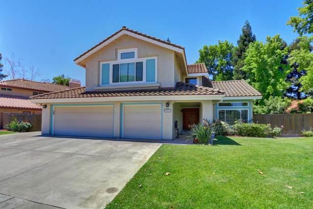 9426 Fox Glen Way, Elk Grove, CA 95758 (#221069385) :: Rapisarda Real Estate