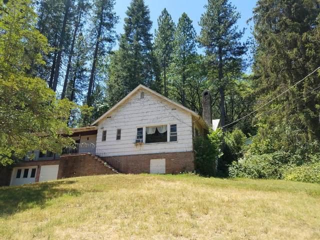 505 Woodland, Grass Valley, CA 95945 (MLS #221070002) :: Keller Williams - The Rachel Adams Lee Group