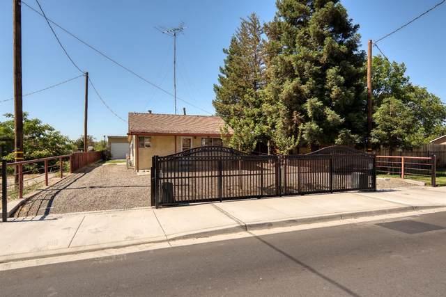 3318 E Whitmore Avenue, Ceres, CA 95307 (#221070281) :: Rapisarda Real Estate