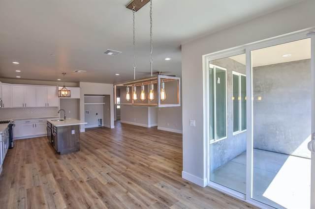 9657 Webb Street, Elk Grove, CA 95624 (MLS #221070659) :: Heather Barrios