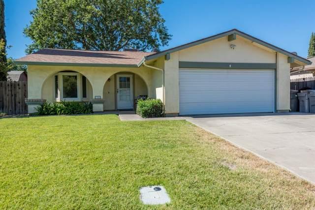 355 Valleywood Drive, Woodland, CA 95695 (MLS #221071250) :: The Merlino Home Team