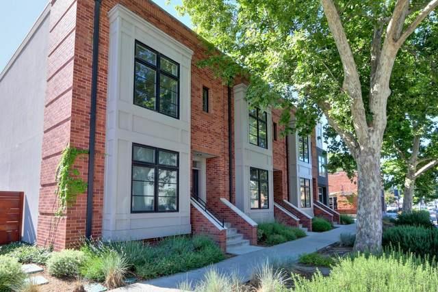 2739 35th Street, Sacramento, CA 95817 (MLS #221072923) :: The MacDonald Group at PMZ Real Estate
