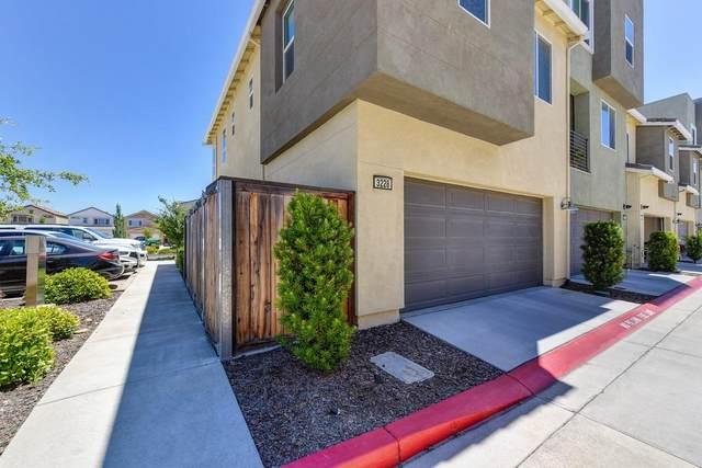 3228 Bridgeway Drive, Rancho Cordova, CA 95670 (MLS #221073748) :: REMAX Executive