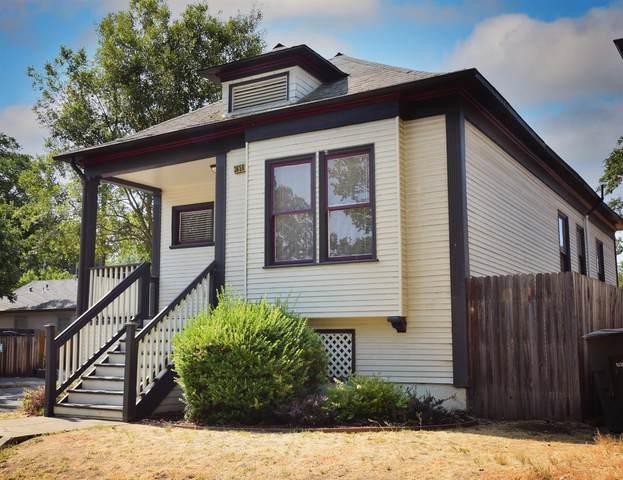 3650 6th Avenue, Sacramento, CA 95817 (MLS #221076073) :: CARLILE Realty & Lending
