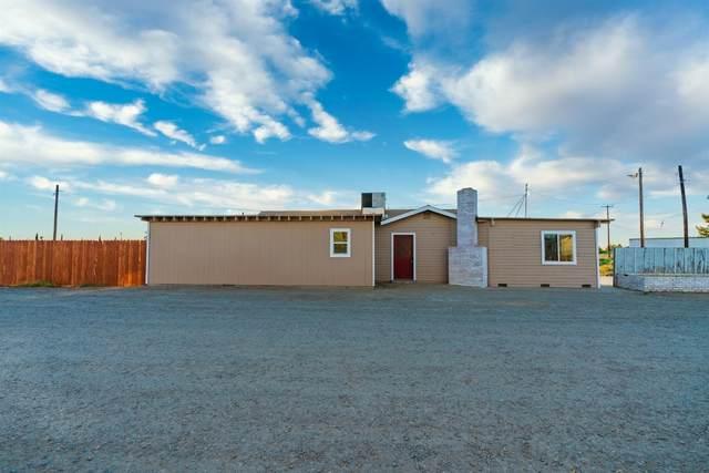 8706 Santa Fe Grade, South Dos Palos, CA 93665 (MLS #221081630) :: Keller Williams Realty