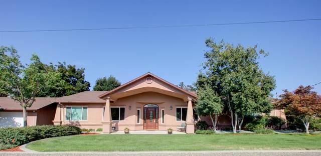 1012 Townhill Road, Oakdale, CA 95361 (MLS #221083034) :: Deb Brittan Team