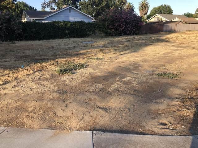 2436 E Whitmore Avenue, Ceres, CA 95307 (MLS #221083390) :: The Merlino Home Team
