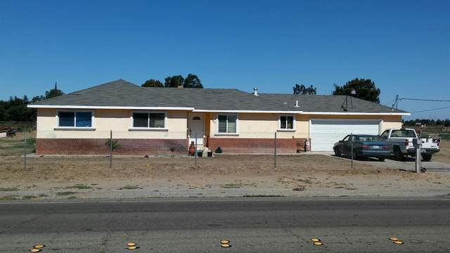 380 N Airport Way, Manteca, CA 95337 (MLS #221085343) :: Keller Williams - The Rachel Adams Lee Group