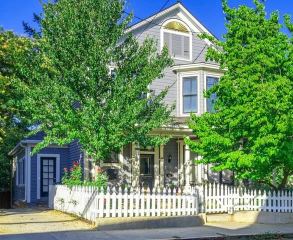 520 E Broad Street, Nevada City, CA 95959 (MLS #221086599) :: Live Play Real Estate | Sacramento