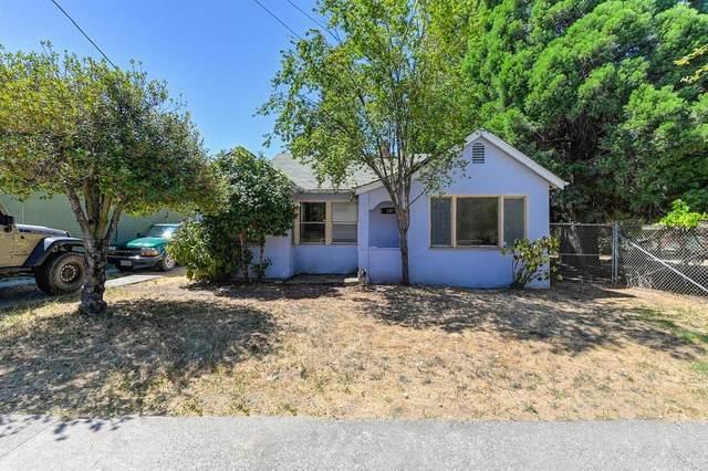 131 Colfax Avenue, Grass Valley, CA 95945 (MLS #221087397) :: Heather Barrios