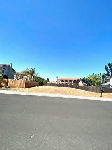 1033 Kenny Street, Manteca, CA 95337 (MLS #221088176) :: The Merlino Home Team