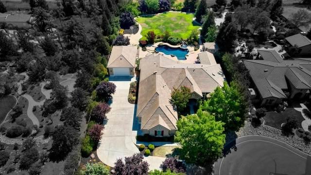 9363 Glantz Lane, Elk Grove, CA 95624 (MLS #221088238) :: The Merlino Home Team