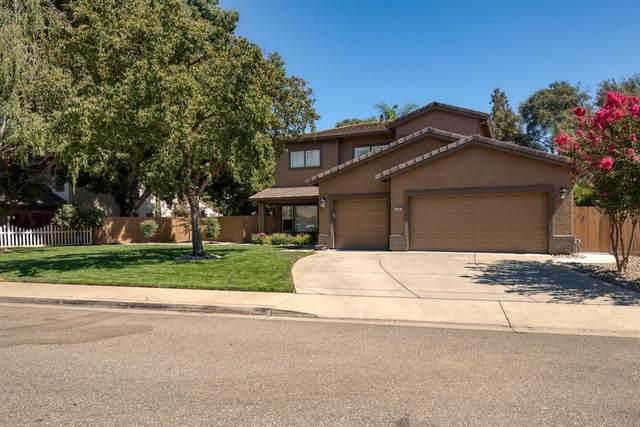 1097 Gina Way, Oakdale, CA 95361 (MLS #221088459) :: Keller Williams - The Rachel Adams Lee Group