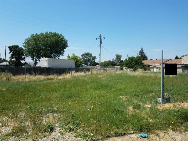 5678 Lindhurst Avenue, Olivehurst, CA 95901 (MLS #221089354) :: Keller Williams - The Rachel Adams Lee Group