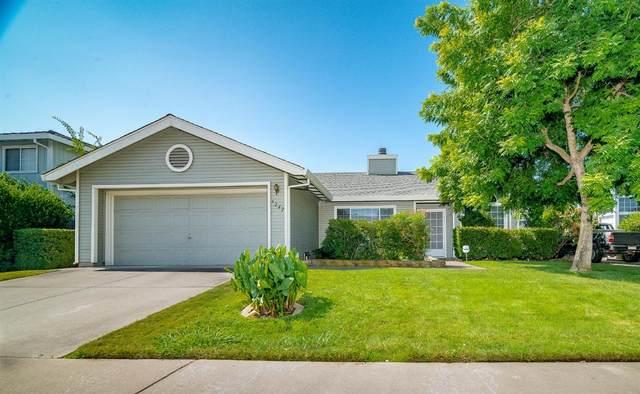 9242 Thoroughbred Way, Elk Grove, CA 95624 (MLS #221090231) :: 3 Step Realty Group