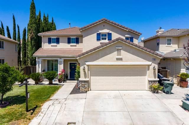 1765 Thelma Loop, Tracy, CA 95377 (MLS #221090359) :: Keller Williams - The Rachel Adams Lee Group