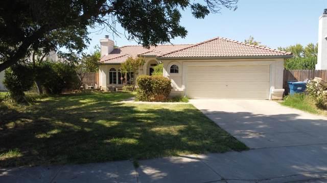 2210 Santos Street, Dos Palos, CA 93620 (MLS #221090607) :: Keller Williams - The Rachel Adams Lee Group