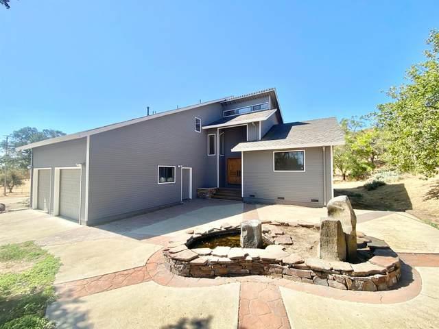 8245 Miles Road, Valley Springs, CA 95252 (MLS #221090941) :: Keller Williams - The Rachel Adams Lee Group