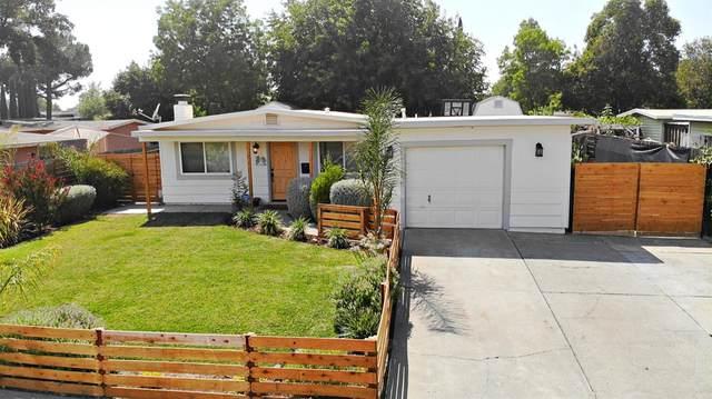 5 N Ashley Ave, Woodland, CA 95695 (MLS #221092501) :: Heidi Phong Real Estate Team