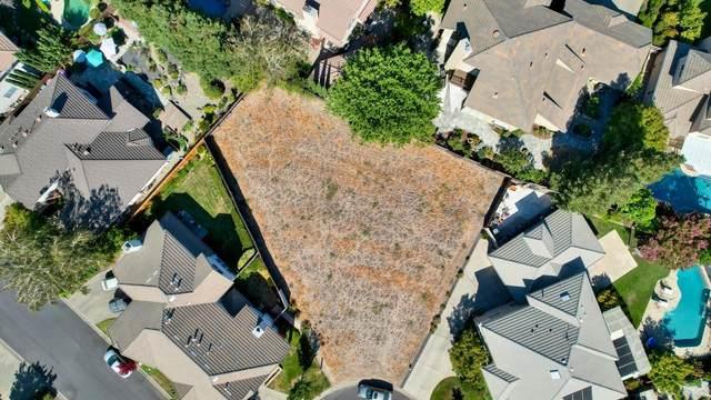 7635 Bridgeview Drive, Sacramento, CA 95831 (MLS #221092584) :: Keller Williams - The Rachel Adams Lee Group