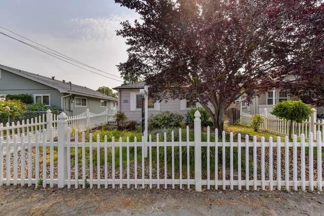 9669 Walnut Avenue, Elk Grove, CA 95624 (MLS #221092834) :: Deb Brittan Team