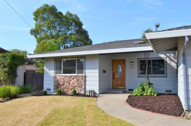 1711 Tanglewood Drive, Roseville, CA 95661 (MLS #221093195) :: 3 Step Realty Group